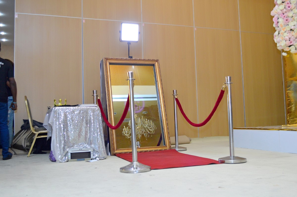 NEW! Abuja Can Now Experience The Best Photo Booth Ever